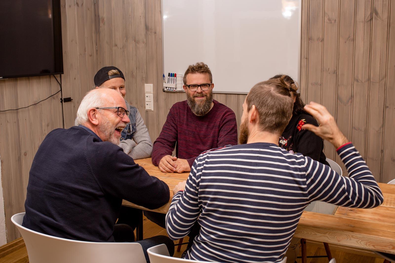 Farsund Coworks - Diskusjon på møterom